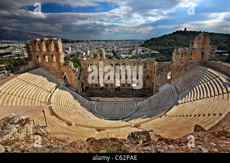 The Odeon of Herod Atticus (or 'Herodeum' or 'Herodion') on the southern slopes of the Acropolis, Athens, Greece - Stock Photo