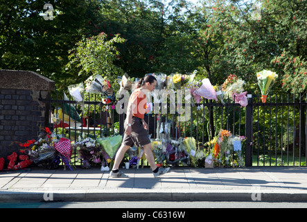Flowers at spot where Mark Duggan was shot by police in Ferry Lane, Tottenham Hale, London - Stock Photo