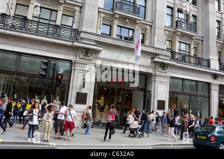 Front facade of retailer H&M in Regent Street, London.