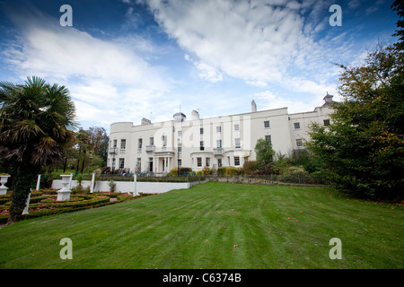 kennenlernen singleton amerikaner hall stuttgart swansea  Singleton Park - Wikipedia.