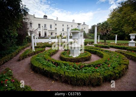 Singleton Abbey & Sketty Hall | Parks and Gardens (en)