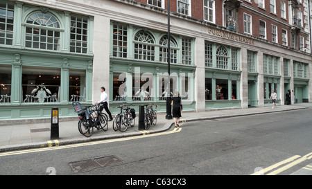 Fortnum & Mason's  Fountain Restaurant, Jermyn Street near Picadilly, London England UK  KATHY DEWITT - Stock Photo