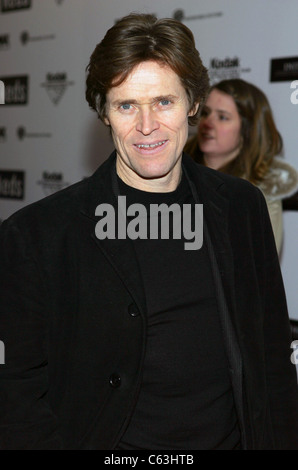 Willem Dafoe at the premiere of THE AVIATOR at the Ziegfeld Theatre, NY, December 14, 2004. (photo: gbinuya/Everett - Stock Photo