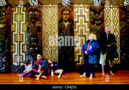 Interior view of the Maori meeting house (Marae) near the Treaty House in Waitangi, New Zealand. - Stock Photo