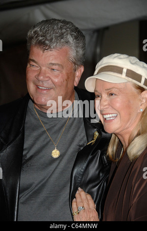 Robert Charles Hunter, Diane Ladd in attendance for Hollywood Walk of Fame 50th Celebration, Hollywood & Highland - Stock Photo