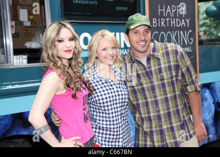 Nadia G, Kelsey Nixon, Ben Sargent at arrivals for Cooking Channel First Anniversary Party, Buddakan at Chelsea - Stock Photo