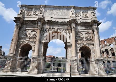 Italy, Rome, Arco di Constantino (Arch of Constantine) - Stock Photo