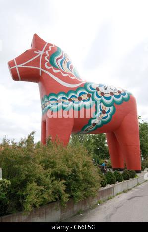 Dalecarlian horse or Dala horse worlds largest big biggest in avesta sweden traditional symbol of culture Dalarna - Stock Photo