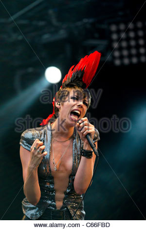 Mademoiselle K (Katerine Gierak) performing live - Stock Photo