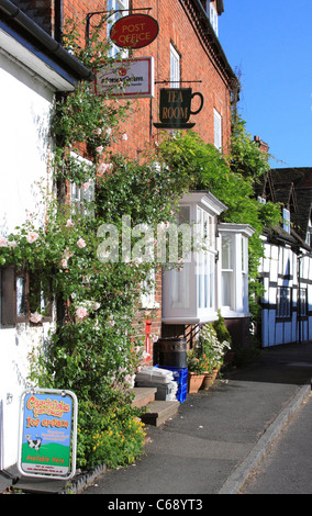 Post Office and Village Shop, Chaddesley Corbett, Worcestershire, England, Europe - Stock Photo