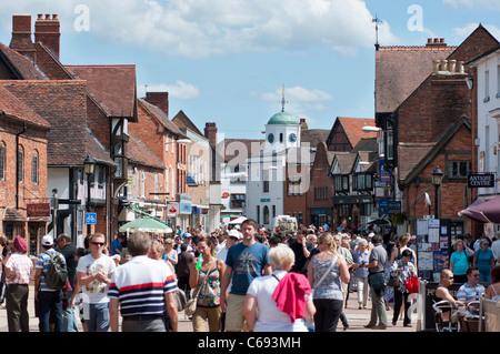 Stratford-upon-Avon's Henley Street. Warwickshire, UK - Stock Photo