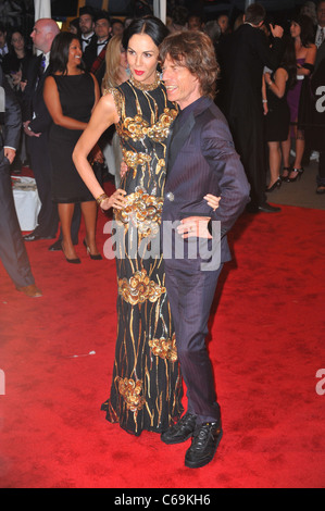 L'Wren Scott, Mick Jagger at arrivals for Alexander McQueen: Savage Beauty Opening Night Gala - Part 1, Metropolitan - Stock Photo