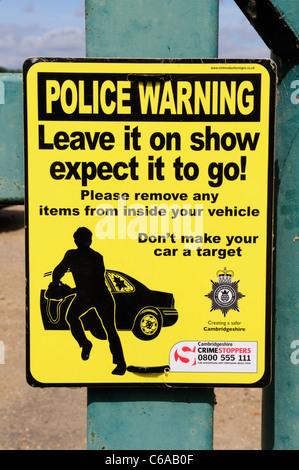 Police Warning against Theft from Vehicles, Fen Drayton RSPB Nature Reserve, Cambridgeshire, England, UK - Stock Photo