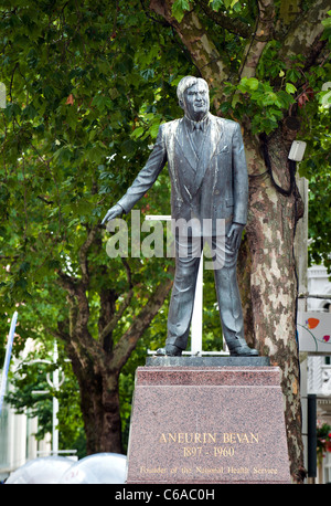 The statue of Aneurin Bevan in Cardiff - Stock Photo