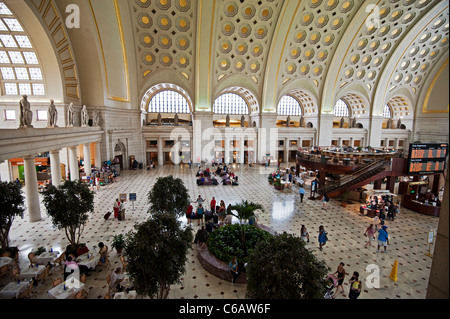 Union Station, Washington DC, A view of the Mass Avenue terminal entrance and lobby from above. - Stock Photo