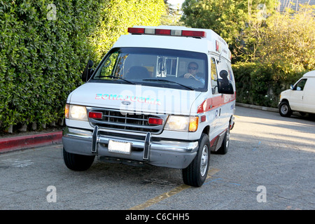 Ailing actress Zsa Zsa Gabor returning home in an ambulance Zsa Zsa Gabor has left a hospital in Los Angeles after - Stock Photo