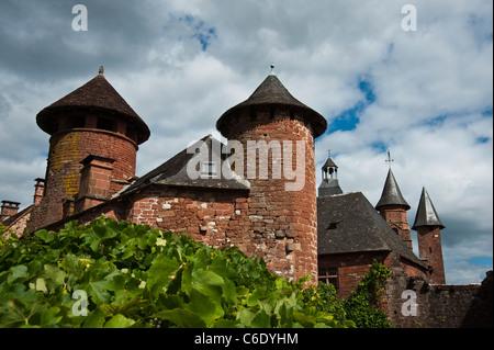 Chateau and turrets Collonges La Rouge Dordogne - Stock Photo