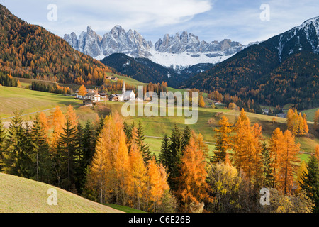 Mountains, Geisler Gruppe/ Geislerspitzen, Dolomites, Trentino-Alto Adige, Italy, Europe - Stock Photo