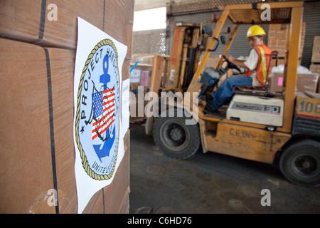 USAID distribution at the port in San Salvador, El Salvador - Stock Photo