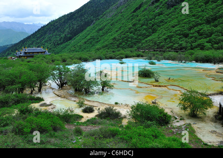 Travertine terrace pools at huanglong nature reserve an for Terrace nature