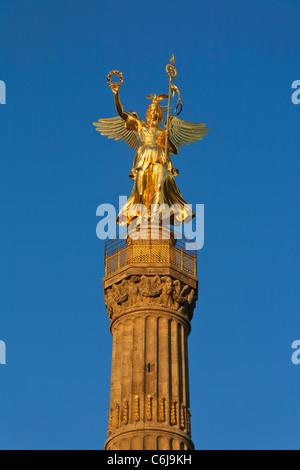 reconstructed victory column 'Siegessäule' in the evening, Tiergarten, Mitte, Berlin, Germany, Europe - Stock Photo