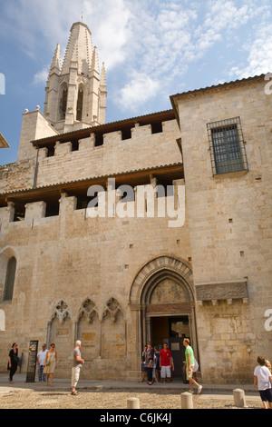 Eglesia de Sant Feliu, Girona, Catalonia, Spain - Stock Photo