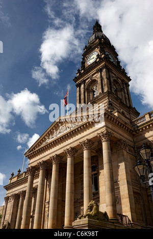 Bolton Town Hall, originally opened in 1873 and designed by the Leeds architect William Hill. - Stock Photo