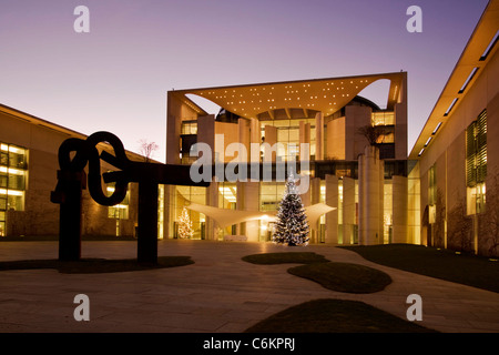chancellor office at twilight, christmas tree, Berlin, Germany - Stock Photo
