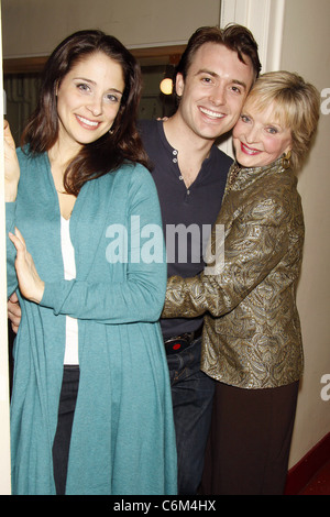 Elena Shaddow, James Snyder, and Florence Henderson Florence Henderson visits the cast of the Encores! musical 'Fanny' - Stock Photo