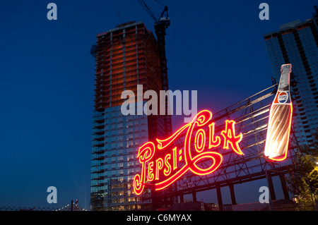 New York, NY - 30 August 2011 Pepsi Cola sign, Queens West. ©Stacy Walsh Rosenstock/Alamy - Stock Photo