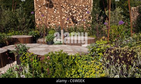 Awarded Silver Gilt Flora 'Breathe' Malvern Spring Gardening Show 2011 garden designed by  Paul Cantello (Batello - Stock Photo