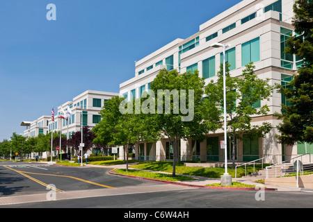 Apple Incorporated's corporate headquarters at 1-6 Infinite Loop, Cupertino, California, USA. JMH5194