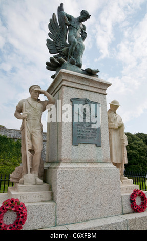 Memorial to Royal Marines who lost their lives in WW1 and WW2, Royal Citadel, Plymouth.  Inscribed 'Per Mare, Per - Stock Photo