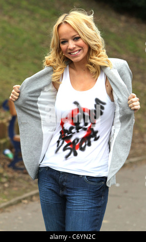 Liz McClarnon hosts a Sport Relief 'warm-up walk' at Sefton Park ahead of Sainsbury's Sport Relief Mile, which will - Stock Photo