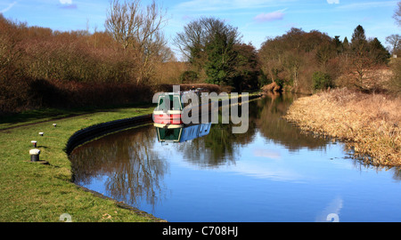 Narrowboat moored on the Staffordshire and Worcestershire Canal, Wolverley, Worcestershire, England, Europe - Stock Photo