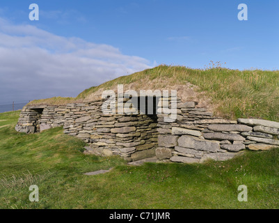 dh Knap of Howar PAPA WESTRAY ORKNEY Two Bronze age house neolithic houses village ruins uk settlement - Stock Photo