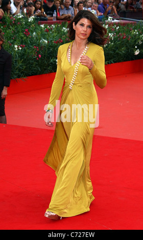 MARISA TOMEI THE IDES OF MARCH PREMIERE. 68TH VENICE FILM FESTIVAL LIDO VENICE  ITALY 31 August 2011 - Stock Photo