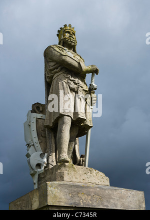 Statue of Robert the Bruce outside Stirling Castle, Stirling, Scotland, UK - Stock Photo