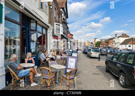 Pavement cafe on the High Street in the market town of Marlborough, Wiltshire, England, UK - Stock Photo