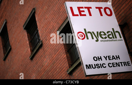 The Oh Yeah music centre is a former bonded whiskey warehouse in the heart of the Cathedral Quarter, Belfast's - Stock Photo
