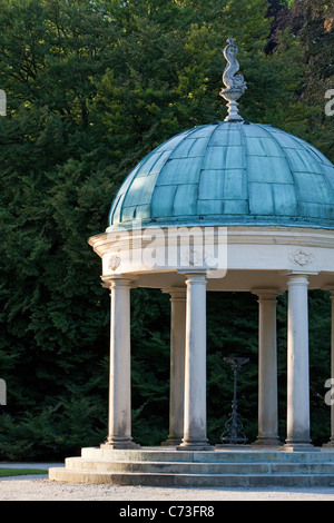Strawberry temple, pavilion in Bad Pyrmont spa gardens, Bad Pyrmont, Hameln-Pyrmont, Lower Saxony, Northern Germany