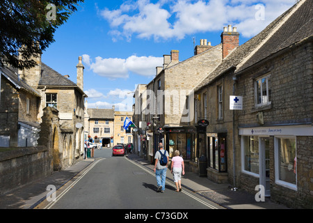 Church Street in the centre of the Cotswold town of Stow-on-the-Wold, Gloucestershire, England, UK - Stock Photo
