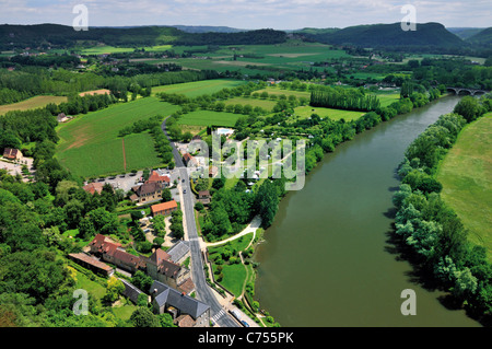 France, Perigord: View from Chateau de Beynac to the Dordogne-Valley - Stock Photo