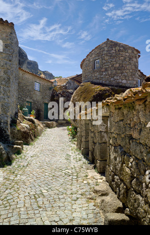 Portugal, Beira Baixa, Monsanto mountain village, a narrow cobbled street - Stock Photo
