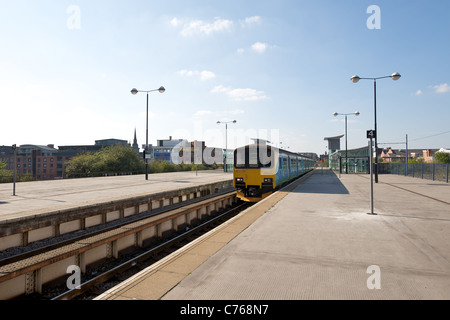London Midland train approaching Birmingham Snow Hill railway station, England, UK - Stock Photo