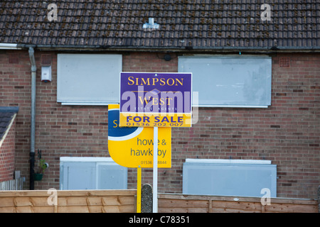 repossessed house for sale in corby Northamptonshire - Stock Photo