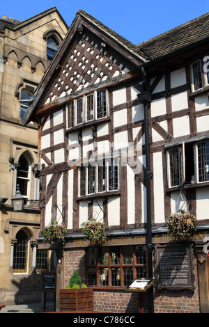 The Old Wellington Inn Manchester UK - Stock Photo