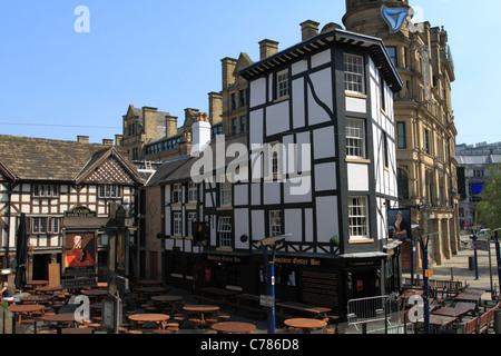 Sinclairs Oyster Bar and The Old Wellington Inn Manchester UK - Stock Photo