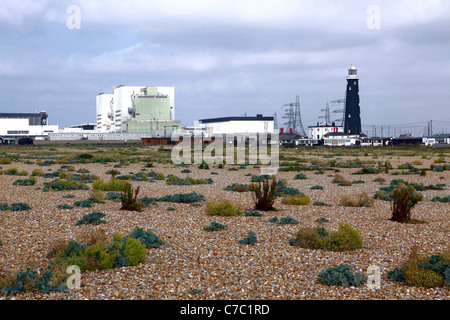 Dungeness B nuclear power station and old lighthouse - Stock Photo