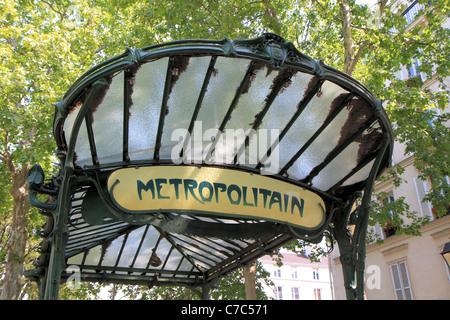 Art nouveau entrance of the metro in Paris, France - Stock Photo